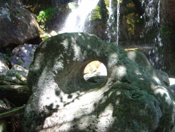 Glacial Park - Hole in boulder
