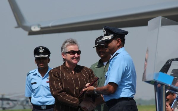 US Ambassador to India, Nancy Powell with Group Captain BS Reddy and Air Chief Marshal NAK Browne   StratPost