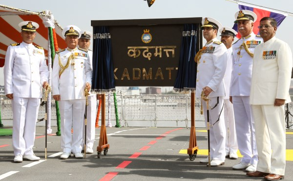 Admiral R.K. Dhowan unveiling the plaque onboard the INS Kadmatt in Visakhapatnam | Photo: Indian Navy