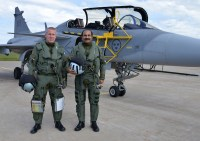 Wing Commander (Flying) Michael Lundquist with Air Chief Marshal Arup Raha before the flight | Photo: Captain John Lidman, Såtenäs, F7