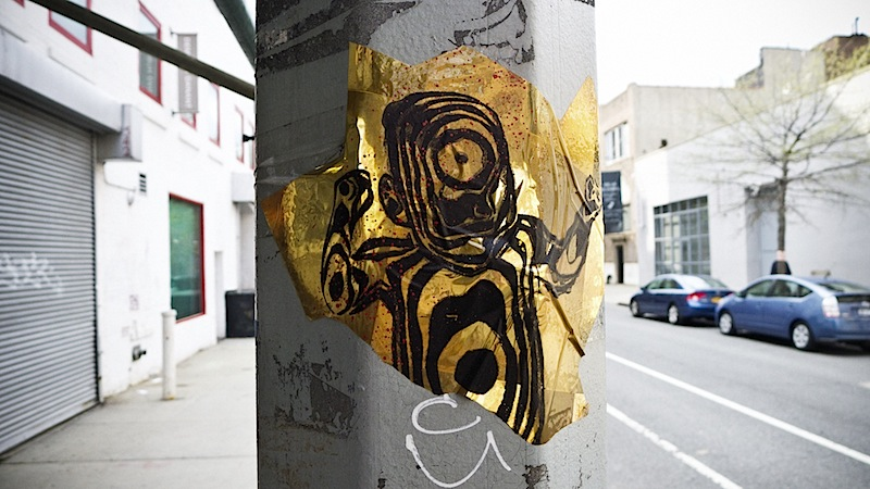 golden_baby_street_art.jpg