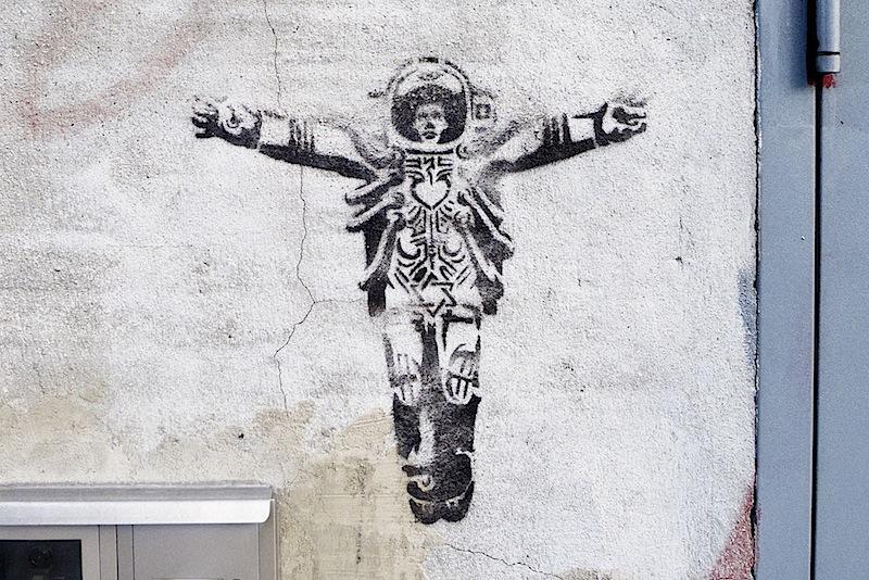 the_new_apostle_graffiti.jpg