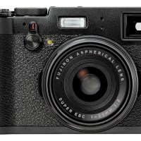 Fuji X100T Street Photography Review - 那里's A Lot To Like