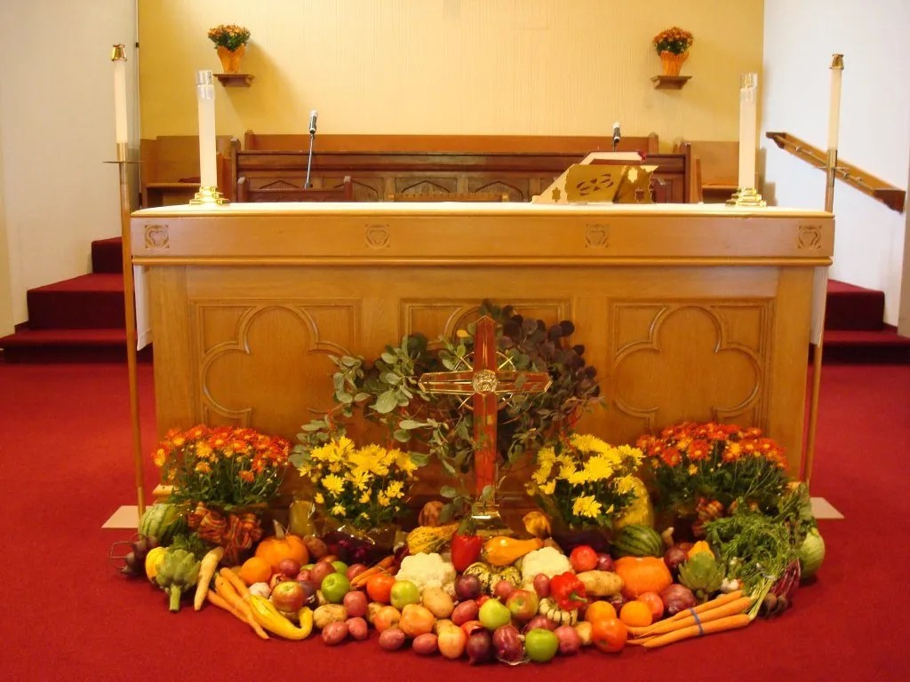 Thanksgiving sunday decorations st thomas anglican church How to decorate your house for thanksgiving