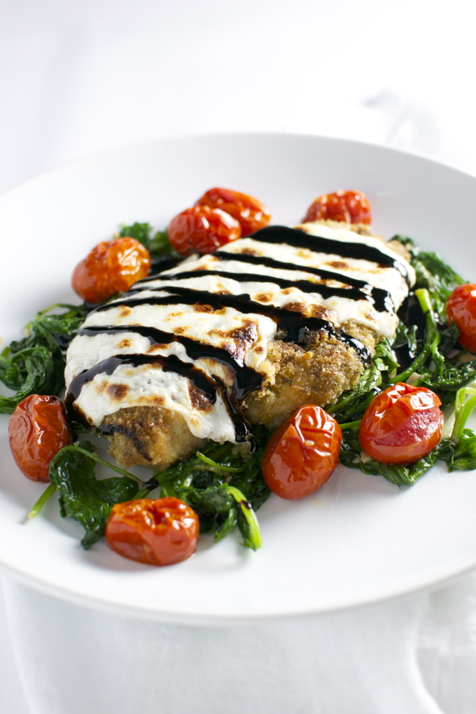 Pesto Chicken with Roasted Tomatoes and Spinach   stuckonsweet.com