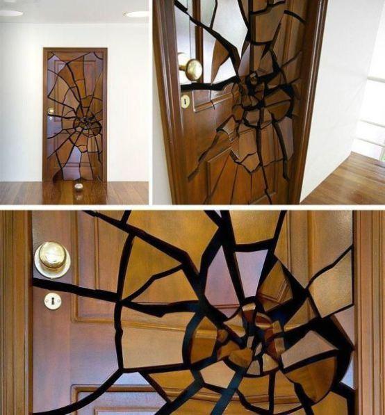 Leandro Erlich, Shattering Door