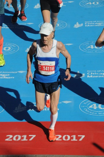 Dmytro Lebedev Chicago marathon finish