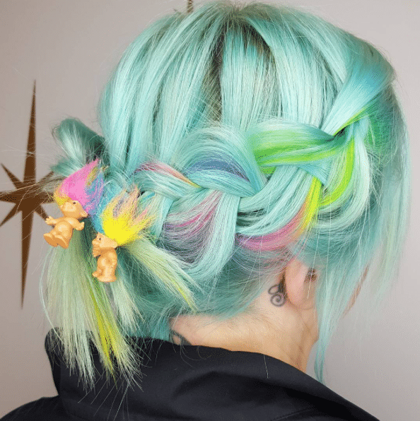 22 Pretty, Charming Ways to Style Your Ponytail Hairstyle foto