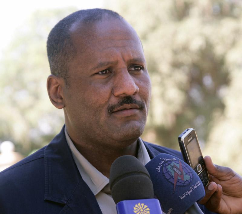 """""""عبد الرحمن الصادق"""": الحوار هو الخيار الوحيد للاتفاق على مستقبل البلاد"""
