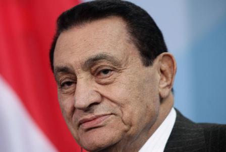 """ماذا يعني الحكم على مبارك بقضية """"القصور الرئاسية""""؟"""