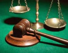 قاض يخير متهما: الزواج أو السجن