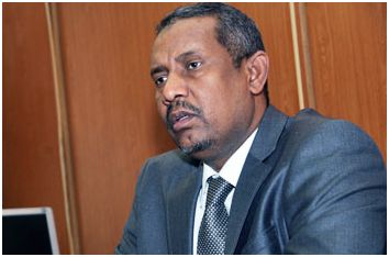 رئيس الهيئة التشريعية القومية يزور جرحى العمليات بالسلاح الطبي ومستشفى الأمل
