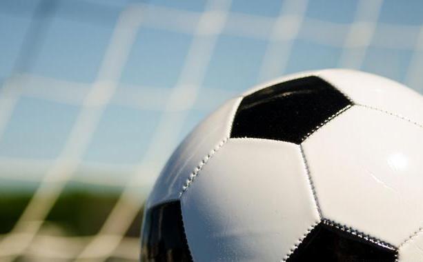 بالصور.. تسجيل فريق كرة قدم نسائي ثاني بالبلاد
