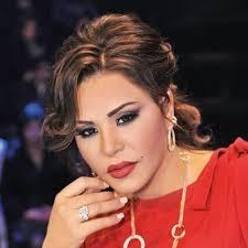 """بالصور..أحلام على رأسها """"ريش مش ريشة""""وجمهورها ينتقدها ويسخر منها!!"""