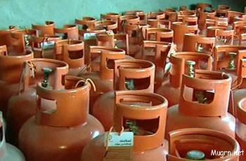 """الحكومة ترفع الدعم عن الغاز وتحدد """"75"""" جنيهاً للأسطوانة"""