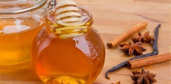 8 فوائد علاجية رائعة للقرفة والعسل