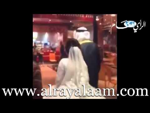 رجل يطلق زوجته بعد انفاقها أكثر من 150 ألف ريال على فستان الزفاف
