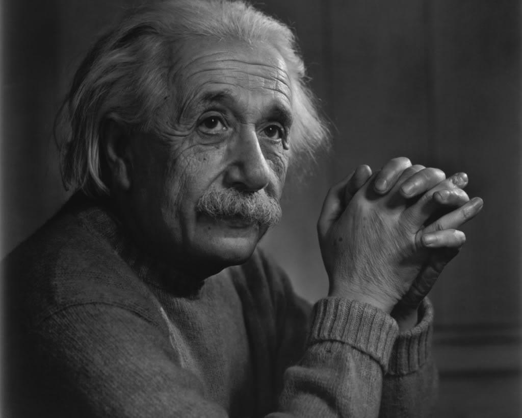 """بالصور.. أكبر تجمع في العالم تحت شعار """"كلنا أينشتاين"""""""