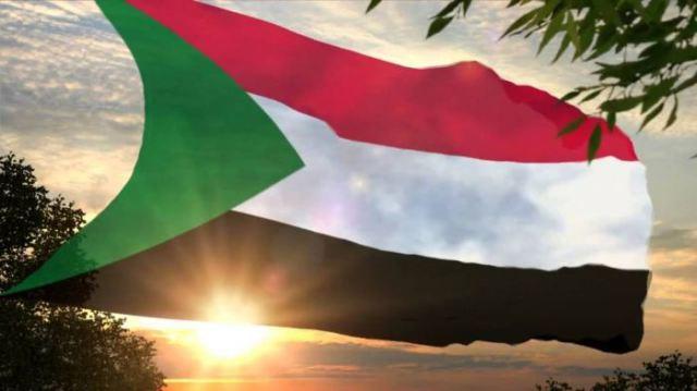 """احتفالا باستقلال البلاد .. """" فرقة ميامي """" في الخرطوم !"""