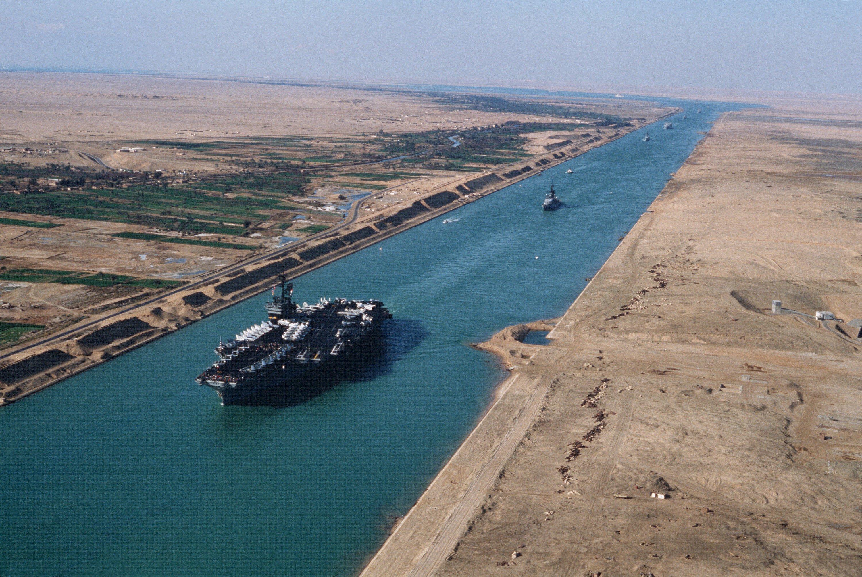 """مصر: قناة السويس الجديدة """"جاهزة للتشغيل"""""""