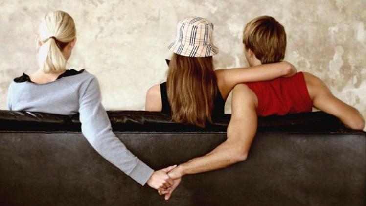 أغرب 8 قصص للخيانة الزوجية في العالم