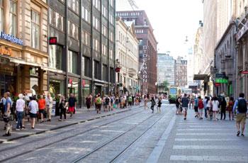فنلندا تبيع أراضي بيورو واحد