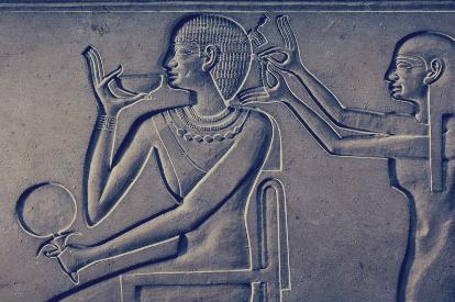 بالصور: 6 إختراعات سبق بها الفراعنة حضارات العالم.. أدوات الحلاقة والماكياج والكعب العالي