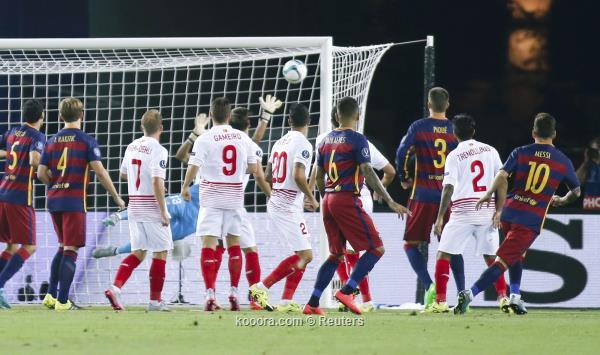 برشلونة يقتنص السوبر الأوروبي من أنياب إشبيلية في مباراة ماراثونية