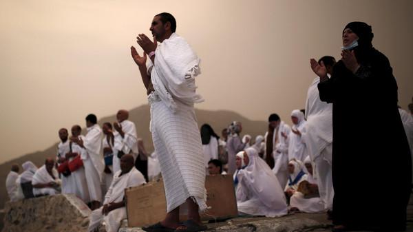 وزير الأوقاف: صعود أى جبل آخر يوم عرفات تشبهًا بالحجيج أو للتبرك بدعة