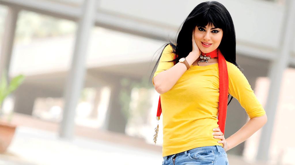 بالصور – هل تشبهت مريم حسين بأجمل نساء الأرض في إطلالتها الجديدة؟