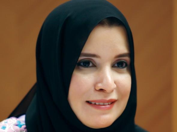 بالصور: الإمارات تنتخب أول امرأة عربية لرئاسة مؤسسة برلمانية