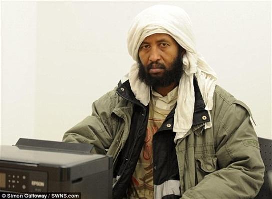 «مظاهر» المسلمين تعرضهم للأذى في الغرب