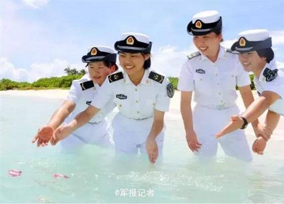 شاهد بالصور.. جزيرة صينية تحميها نساء ساحرات الجمال