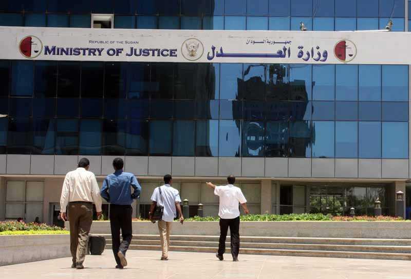 محجوب عروة : الي وزير العدل حارب الربويين والفاسدين