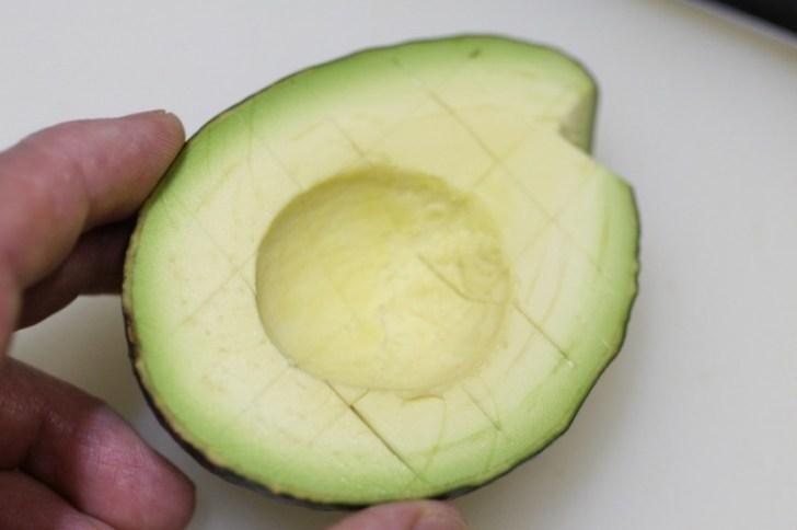 Abocado cut 6