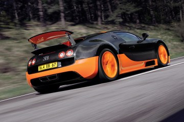 2010_Bugatti_164VeyronSuperSport9