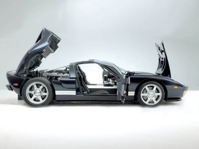 2005_Ford_GT2