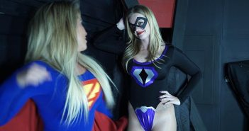 the-rye-kara-vs-ultragirl-02
