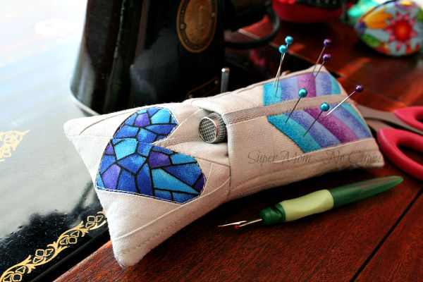 Arrow Pincushion with pocket for thimble
