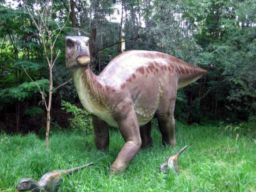 Iguanodon_Dinopark