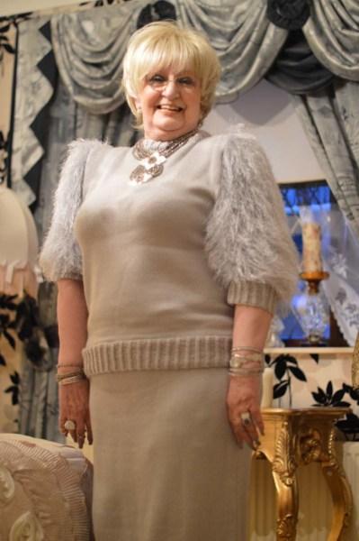 Glamorous Granny38