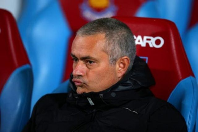 Jose Mourinho 12 mjeseci van stadiona
