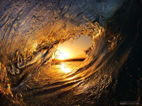 golden-wave