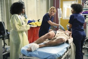 Grey's Anatomy Season 11 Premiere Recap: Estranged Family