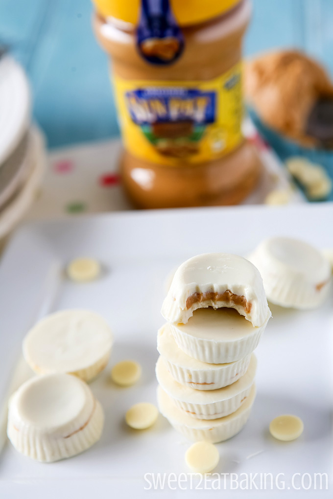 DIY Mini White Chocolate Peanut Butter Cups Recipe | Sweet 2 Eat Baking #peanutbutter #cups #recipe