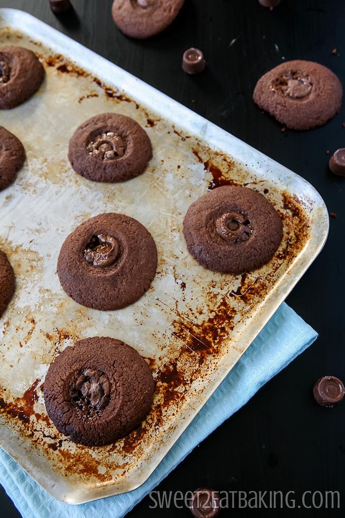 Chocolate Rolo Melts Recipe by Sweet2EatBaking.com