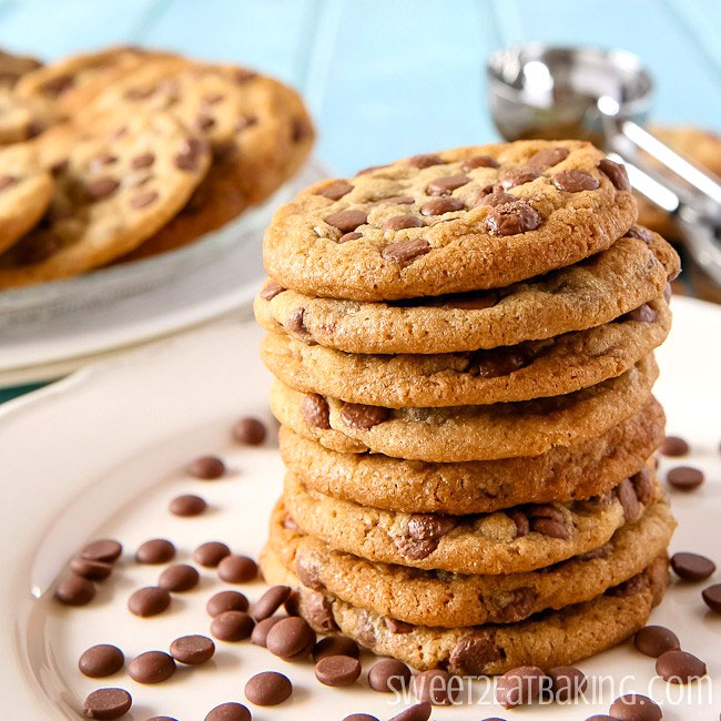 Brown Butter Chocolate Chip Cookies by Sweet2EatBaking.com