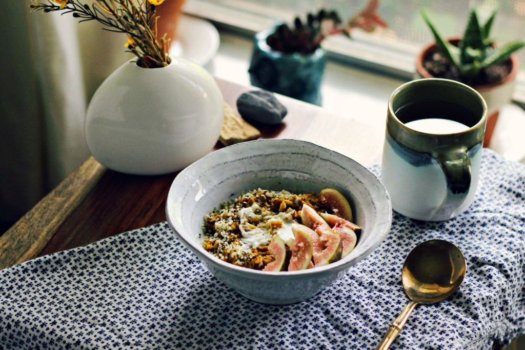 toasted golden milk oat & teff porridge | via sweet miscellany