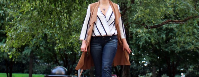 sleeveless-trench-coat-outfit