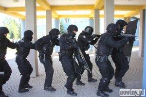 Terrorysta wdarł się do szkoły w Jankowicach